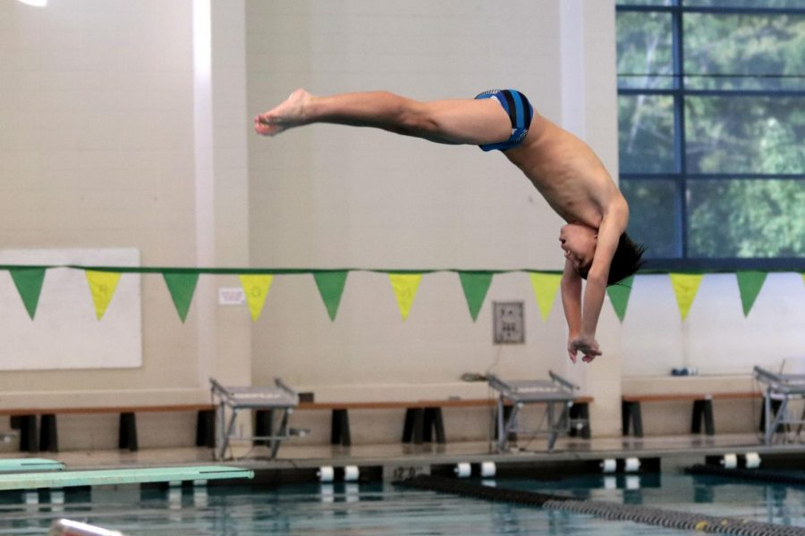 10-6 Boys Swim FZN Invitational [Photo Gallery]