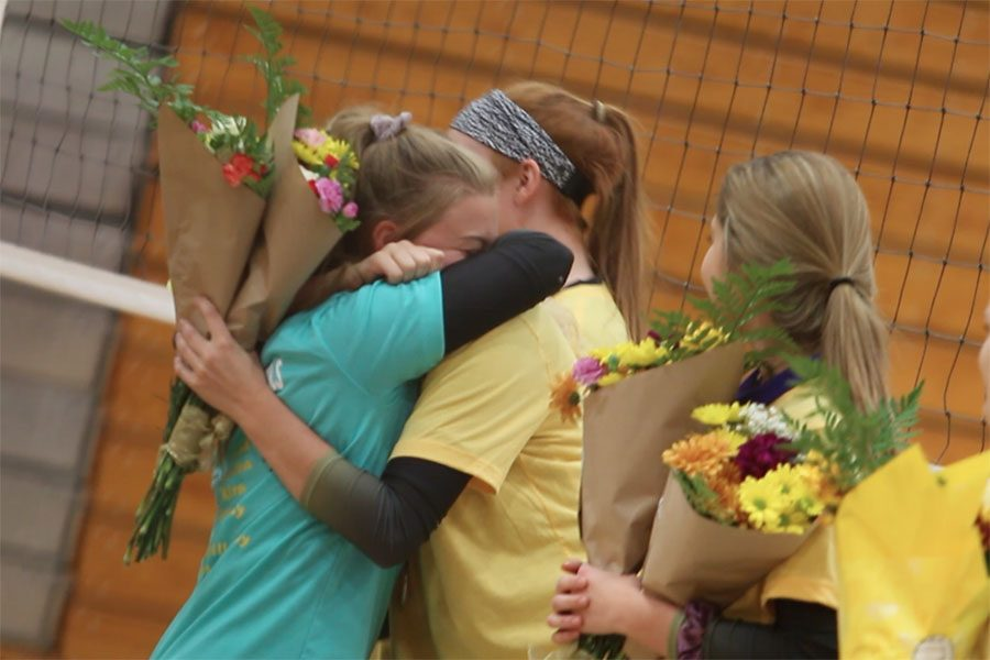 FHN Varsity Volleyball Celebrates Seniors at Annual Senior Night