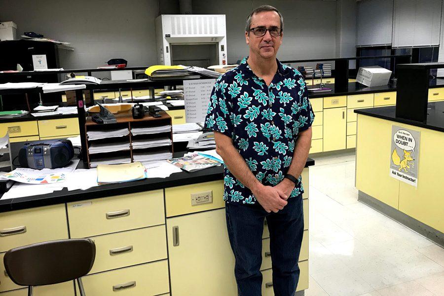 Biology Teacher Stephen Kelly Wears Hawaiian Shirts on Test Days
