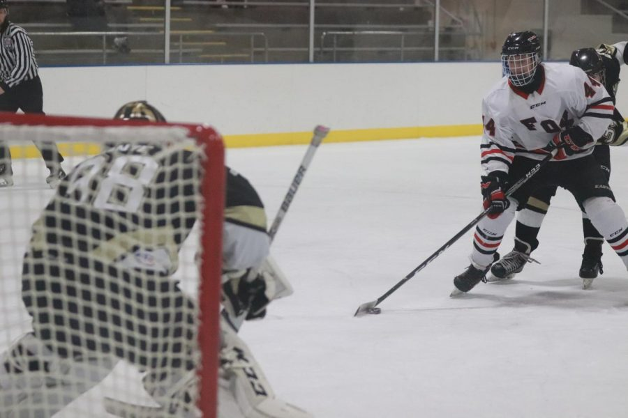 1-7 Varsity Hockey vs Fox [Photo Gallery]