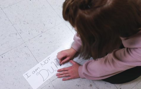 """Art Students Participate in """"I Am, I Am Not"""" Project"""
