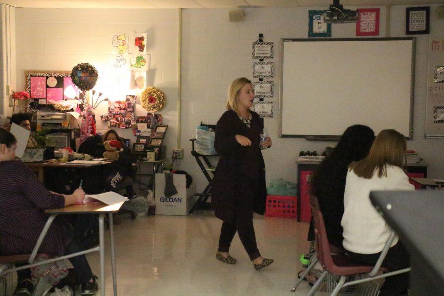 FACS teacher Marissa Heyer walks around her classroom during seventh hour.