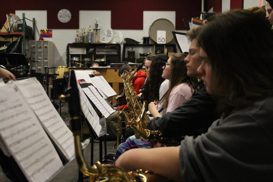 Jazz+band+plays+during+class%2C+preparing+for+a+competition.+They+plan+to+perform+three+songs%2C+competing+against+other+high+schools+in+the+area%2C+The+band+is+hoping+to+impress+at+the+%E2%80%98Music+for+All%E2%80%99+national+competition.