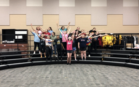 Broadway Star Nikki Snelson Choreographs For Knightchoir