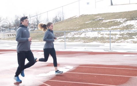 Siblings Peyton and Grace Hebert Run Track Together