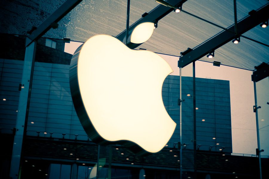 %22Apple+Store+Logo%22+by+Jorge+Quinteros+is+licensed+under+CC+BY-NC-ND+2.0+