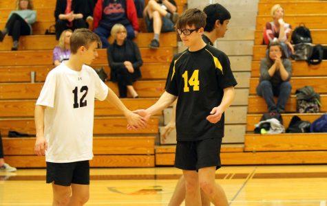 4-3 JV Boys Volleyball vs Eureka [Photo Gallery]