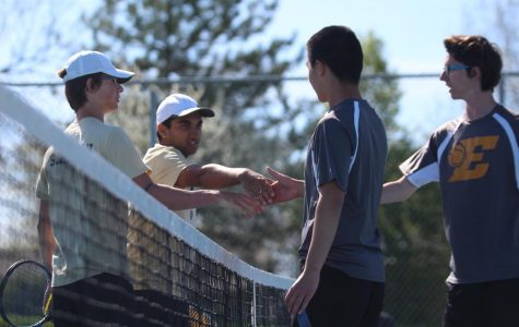 Boys Tennis Wins Team Districts, Hopes to Send Individuals to State Over Weekend