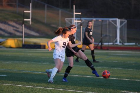 A Look into Girls Soccer's top Offensive Stats as the Season Reaches its Final Month [Infographic]