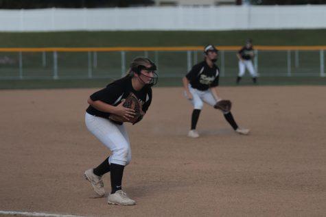 Varsity softball prepares for game against Holt