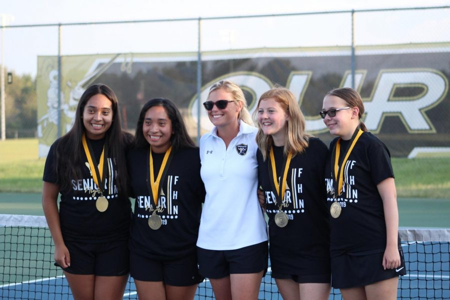 Girls Tennis Team Has A Small Amount of Seniors