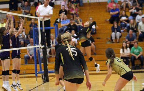 9-24 Varsity Girls Volleyball vs Troy [Photo Gallery]