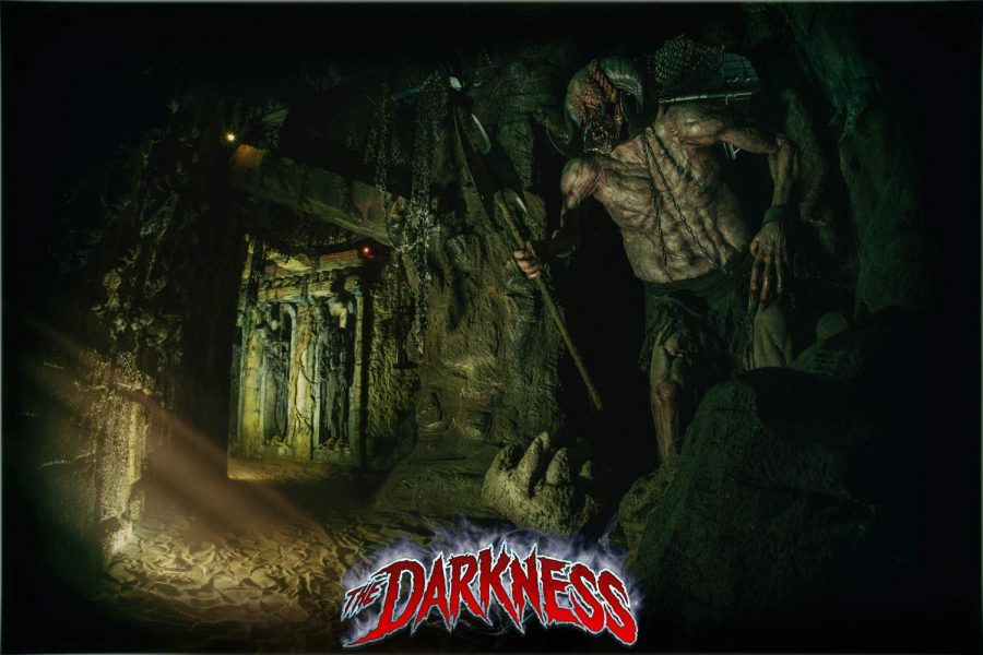 Haunted+House+Review%3A+The+Darkness