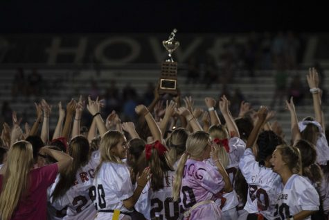 10-2 Powderpuff [Photo Gallery]