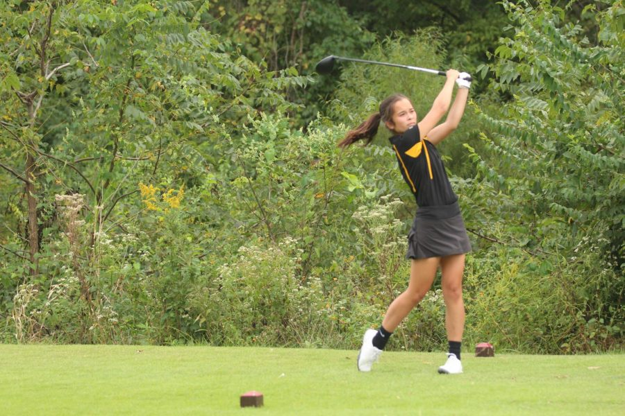 Freshman+Leah+Heischmidt+Looks+Back+at+Her+Varsity+Golf+Team+Experience