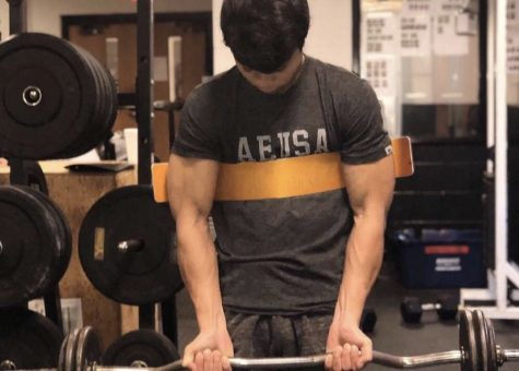 Junior Yousef Shabany Finds Passion For Weightlifting