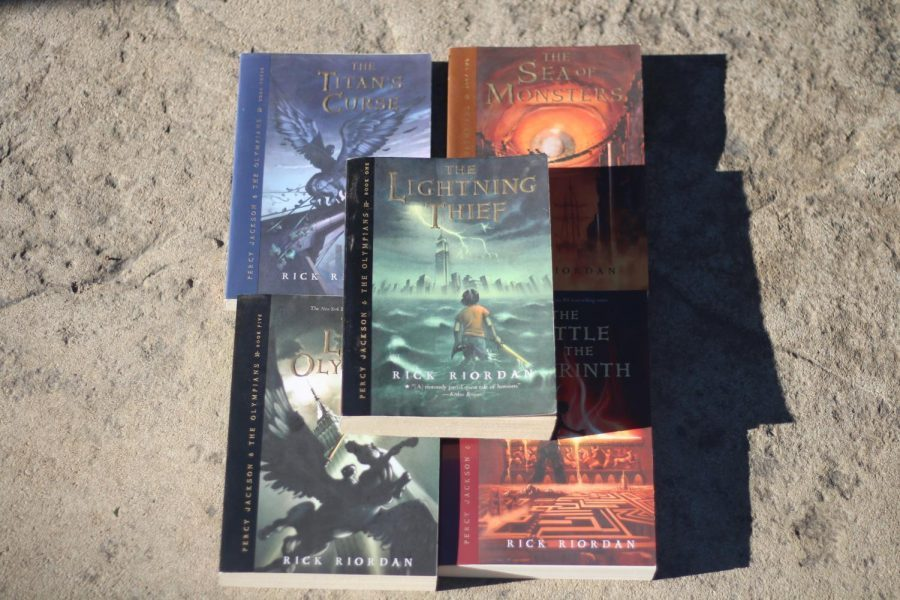 Fantasy+Books+Continue+to+Impact+Readers+Years+After+Being+Published