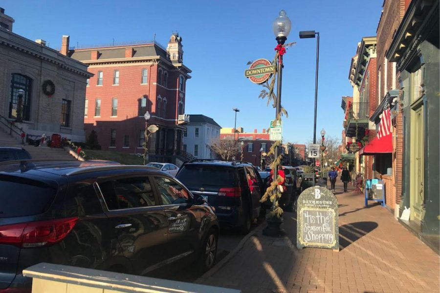 Saint Charles Main Street Hosts Holiday Traditions