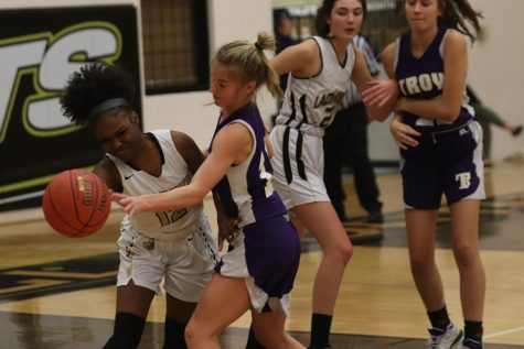 JV Girls Basketball Loses to Troy [Photo Gallery]