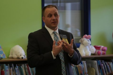 During a meeting with Becky-David staff, Deputy Superintendent Nathan Hoven covers concerns teachers have with Proposition S. (Photo by Addy Bradbury)
