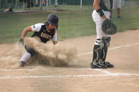 JV Girls Softball Defeats FZN in a Mercy Rule [Photo Gallery]