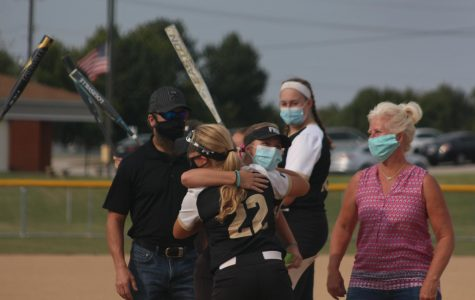 Softball Senior Night [Photo Gallery]