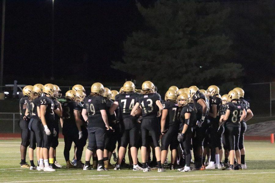Varsity Football Falls to Fort Zumwalt East on Senior Night [Photo Gallery]