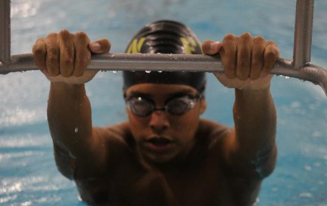Boys Varsity Swim Dual Meet v.s FZS [Photo Gallery]
