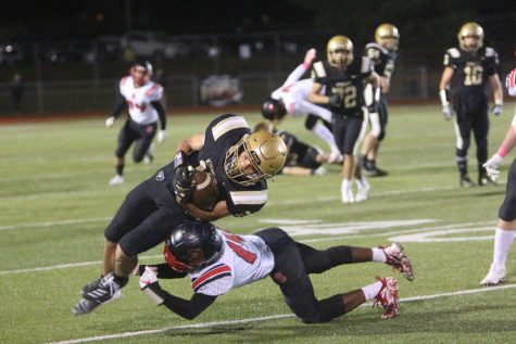 Varsity Football Falls to FZS in Last Home Game of Season [Photo Gallery]