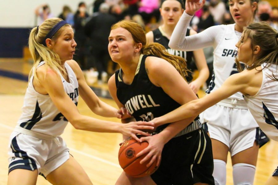 Girls Basketball Falls to FHC in their Final Game of the Season [Photo Gallery]