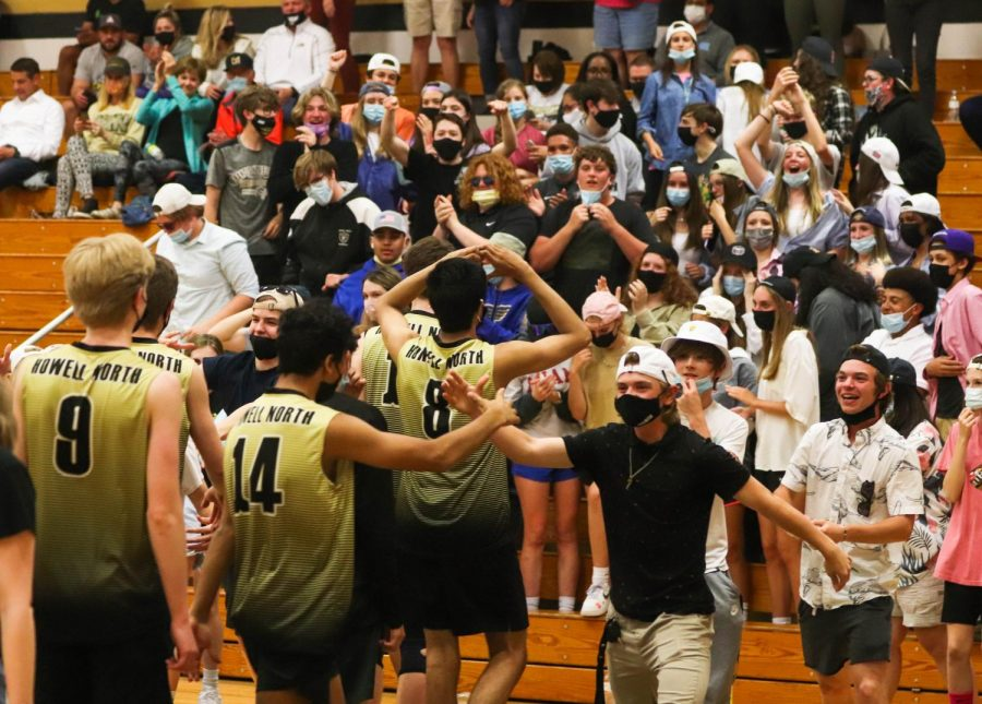 Varsity Boys Volleyball Brings the Heat against Parkway South [Photo Gallery]