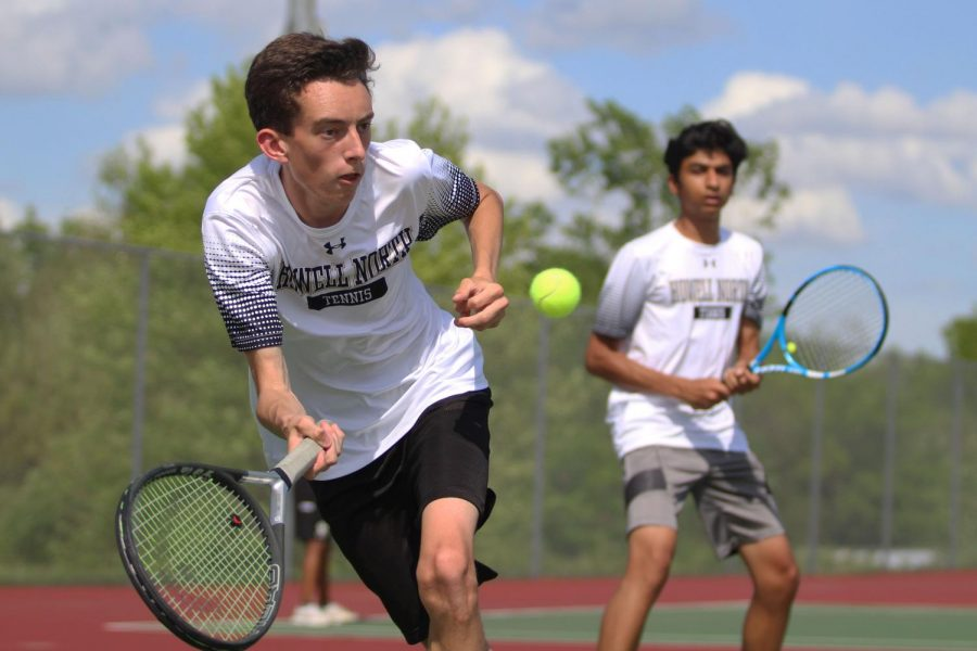FHN Boys Tennis Defeats Fort Zumwalt West [Photo Gallery]