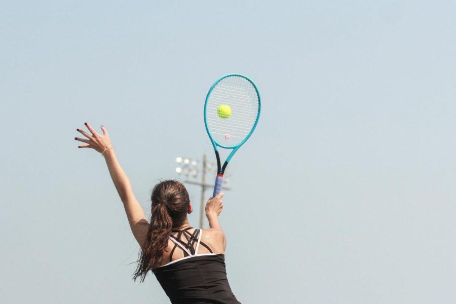 Varsity Girls Tennis Plays in FHC's Tournament [Photo Gallery]
