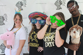 Black and Gold Day 2012 [Photo Galleries]