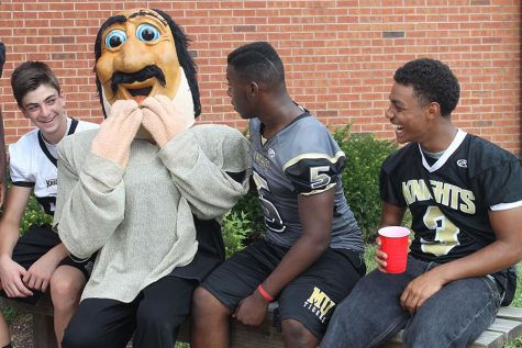 Black and Gold Day 2012-2013