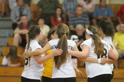 9-10 C-Team Girls Volleyball [Photo Gallery]