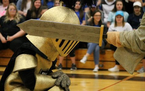 2-5 Pep Assembly [Photo Gallery]
