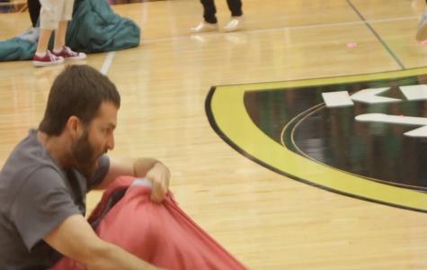 [GIF] Homecoming 2016 Teacher Ryan Johnson in Sleeping Bag Race