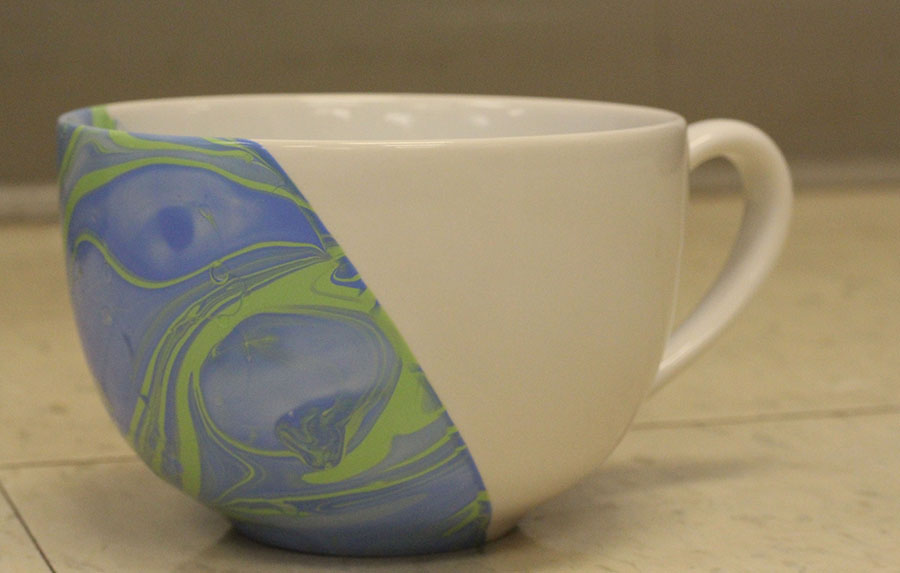 How To Make Marbled Mugs [DIY]