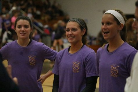 9-26 Girls Varsity Volleyball vs FHC [Photo Gallery]