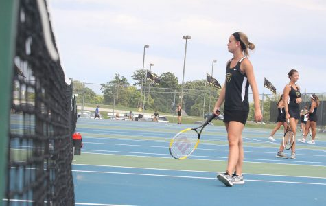 Girls Tennis Dominate the Court