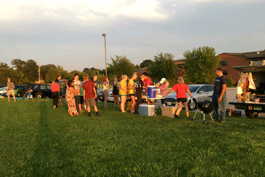 On+August+31%2C+FCA+held+a+tailgate+for+the+first+time+this+year%2C+it+was+held+on+the+band+field.