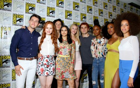 A Priceless Review: Riverdale, Season 2 Premiere
