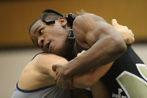 1-31 Wrestling vs. Holt [Photo Gallery]