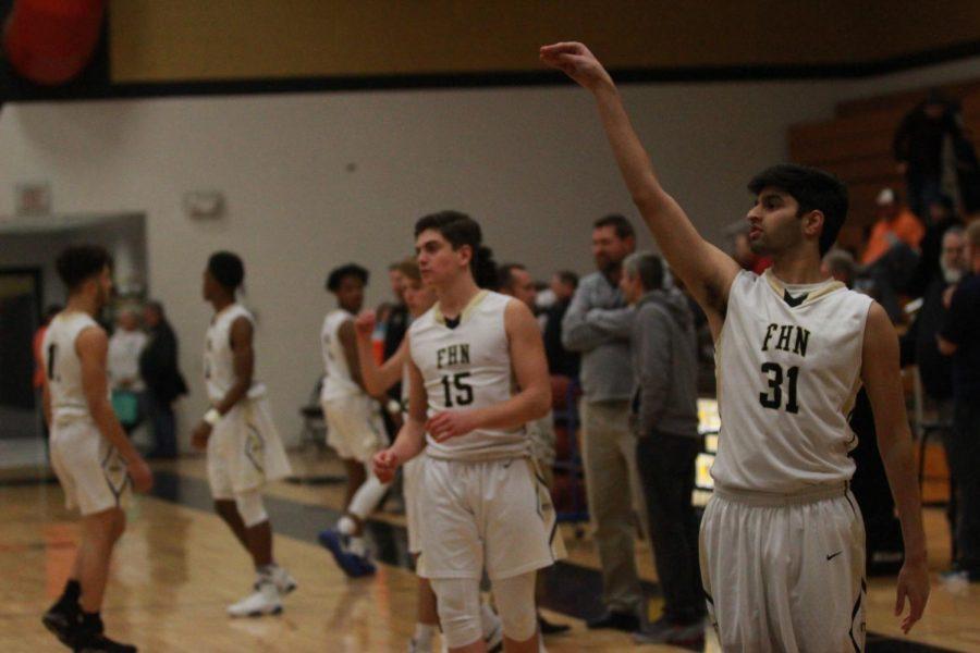 """Rizzy Night"" Honors Boys Basketball's Single Senior"