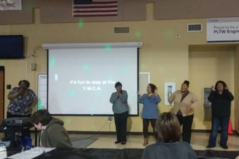Knightsound Hosts Another Karaoke Night