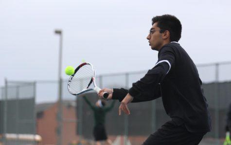 Varsity Tennis Confident Heading into Spring Break
