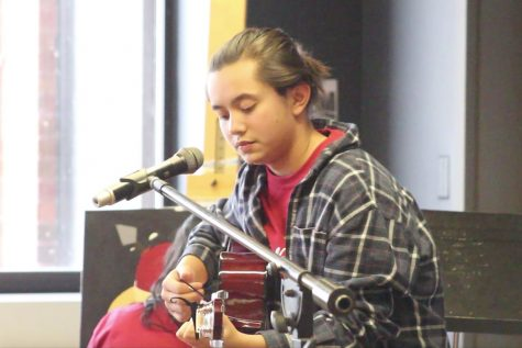 Students Perform at North Street Coffeehouse