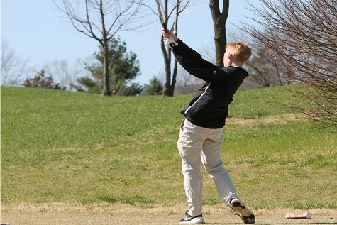 Senior Drew Brissette Joins Golf Team in his Final Year at North