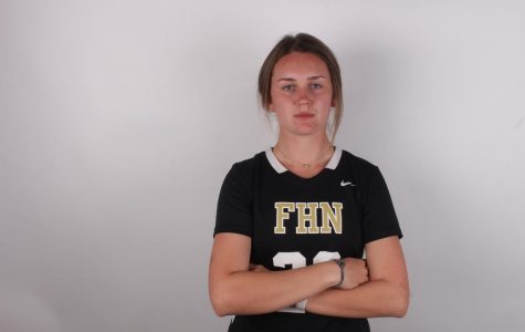 Senior Briana Schmidt Prepares to Continue Lacrosse Career in College